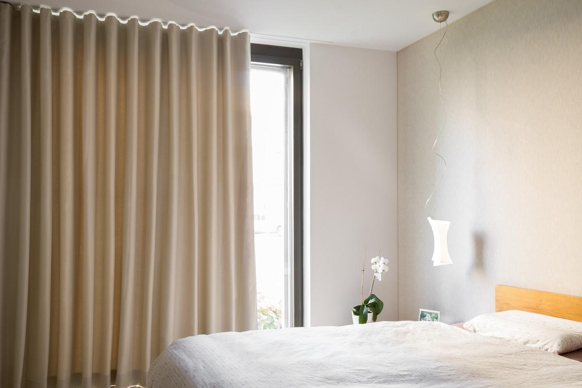 vorhnge gnstig online bestellen gardinen designs gardinen. Black Bedroom Furniture Sets. Home Design Ideas